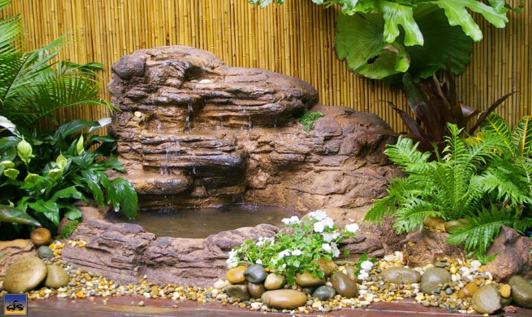 Swimming pool rock waterfalls kits fountains and boulders - Swimming pool water fountain kits ...